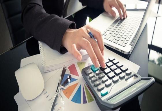 Gestión del ciclo de compra - Planificación de presupuestos anuales, generación de contratos de compra, estimación y gestión de pedidos, gestión de albaranes, recepciones, facturas y pagos. Acceso a todos los documentos de forma centralizada