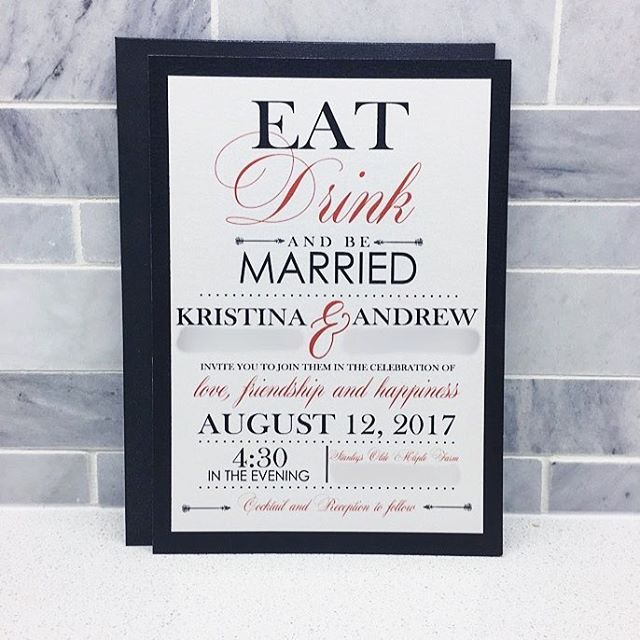 So pretty...am I right?! 🙌🏼💍💌 While this one was a little out of our scope of regular style, I just fell absolutely in love with the stark contrast and the perfectly placed delicate script fonts. That border and playful yet classic theme has quickly become a fave!