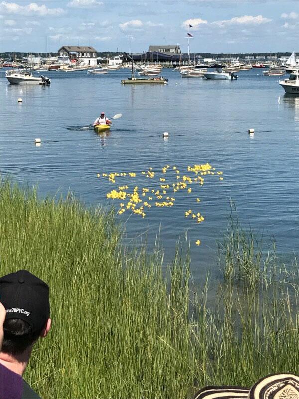 Duck-Race-3.jpg