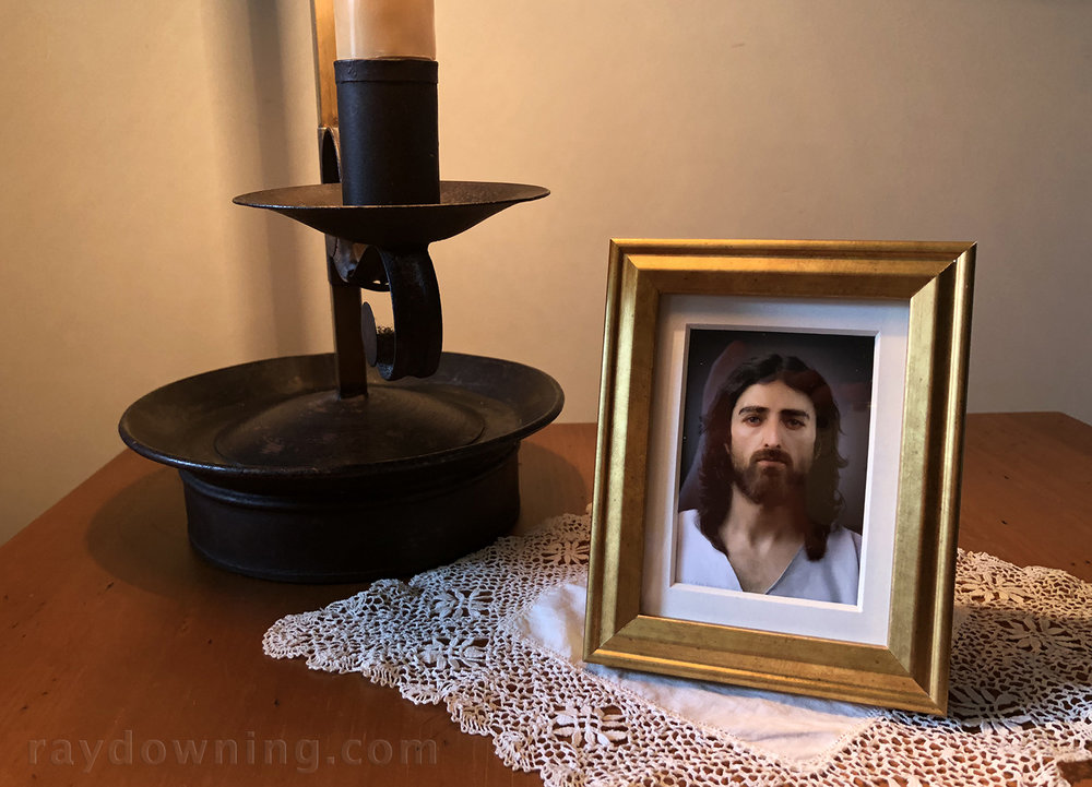 Jesus picture mini frame gold