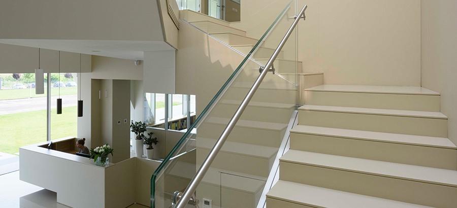 Stairs clad in bianco polar Lapitec.