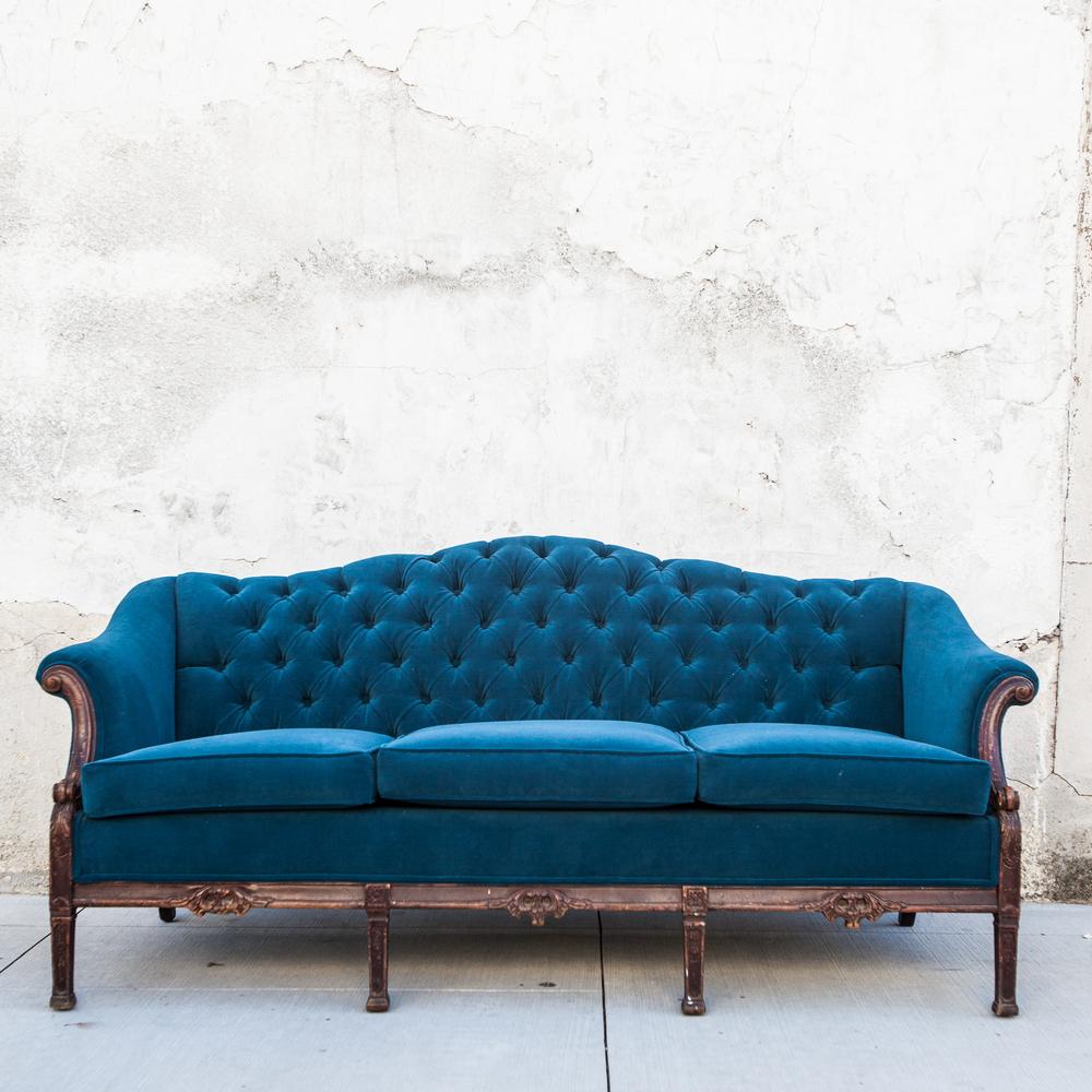 Velvet Sofa-2.jpg