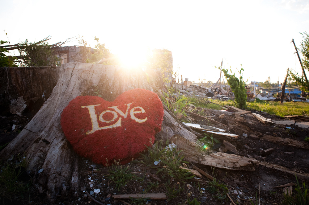 joplin tornado photo series 2011 by Mark N photography- messages left025.jpg