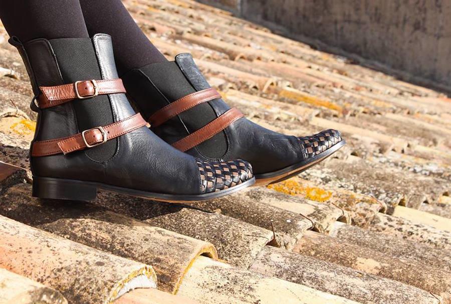 Shoes-closet-900x607.jpg