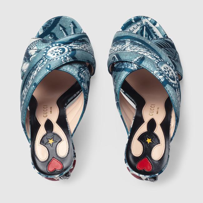 422050_K0I00_4143_003_074_0000_Light-Romain-satin-crossover-sandal.jpg