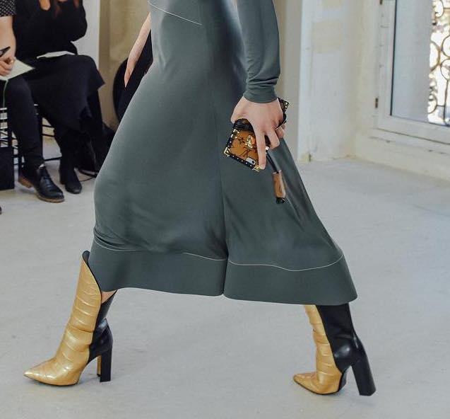 As botas Louis Vuitton (uau)!