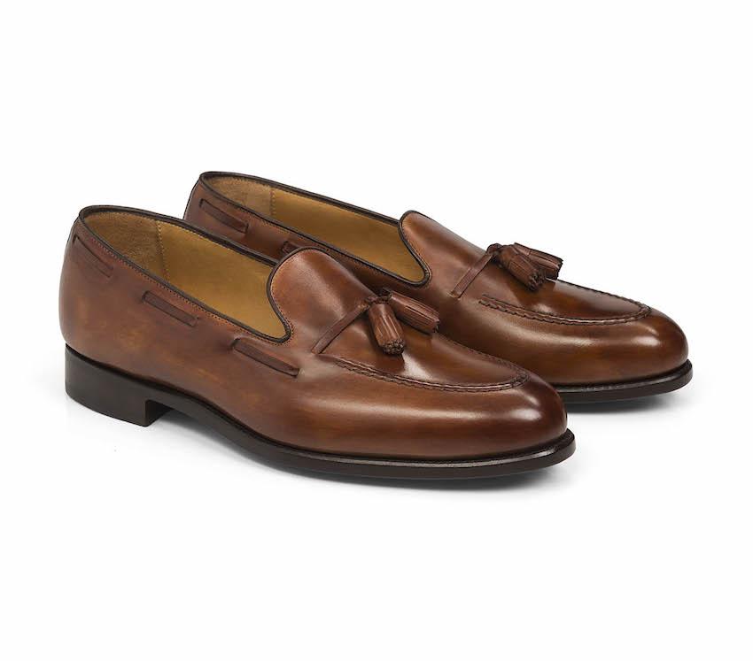 Os clássicos com berloques  Carlos Santos Shoes
