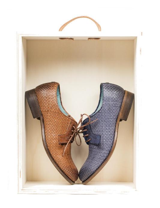 70341a7a4 Sapatos femininos mais fechados para dias mais frescos... Lá em cima  Paradigma footwear.