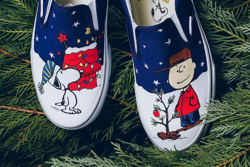 Vans_Classic_Slip_On_Peanuts_Charlie-Tree_Charlie_Brown_Snoopy_Sneaker_Politics_-4.jpg