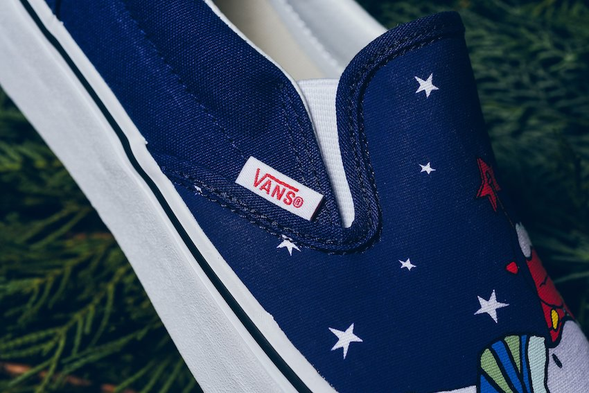 Vans_Classic_Slip_On_Peanuts_Charlie-Tree_Charlie_Brown_Snoopy_Sneaker_Politics_-7.jpg