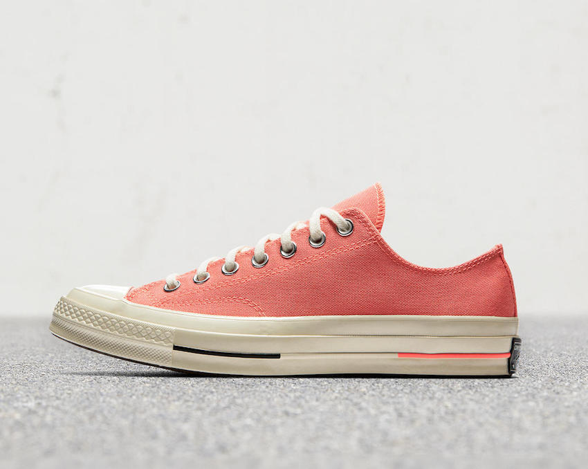 converse-chuck-70-bright-canvas-03_hd_1600.jpg