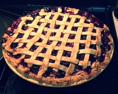 Check out the expert lattice top on this pie!