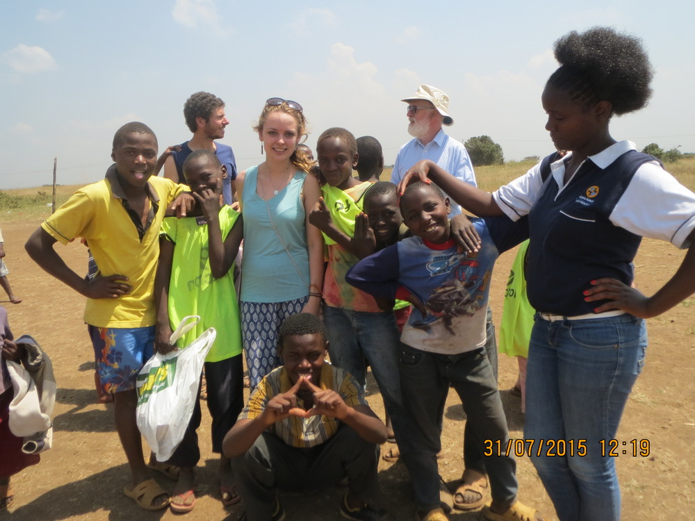 Kahawa Project volunteers and KOFUP visitorswith streetkids
