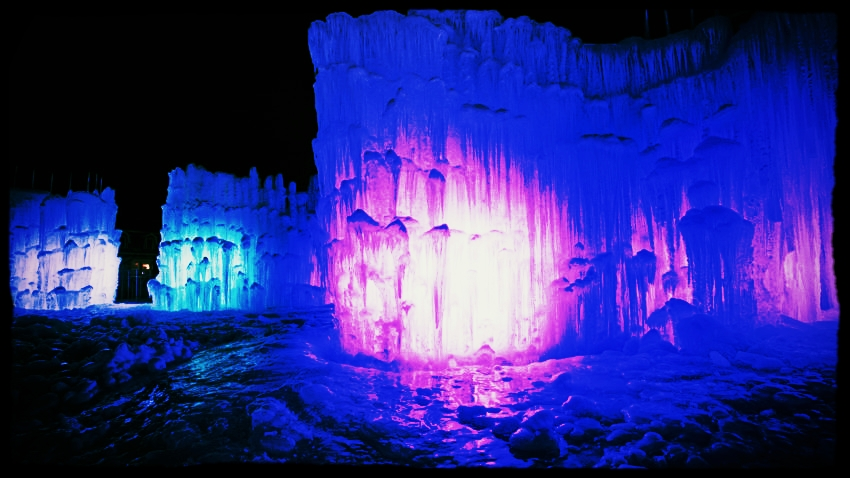 ice castles 2.jpg