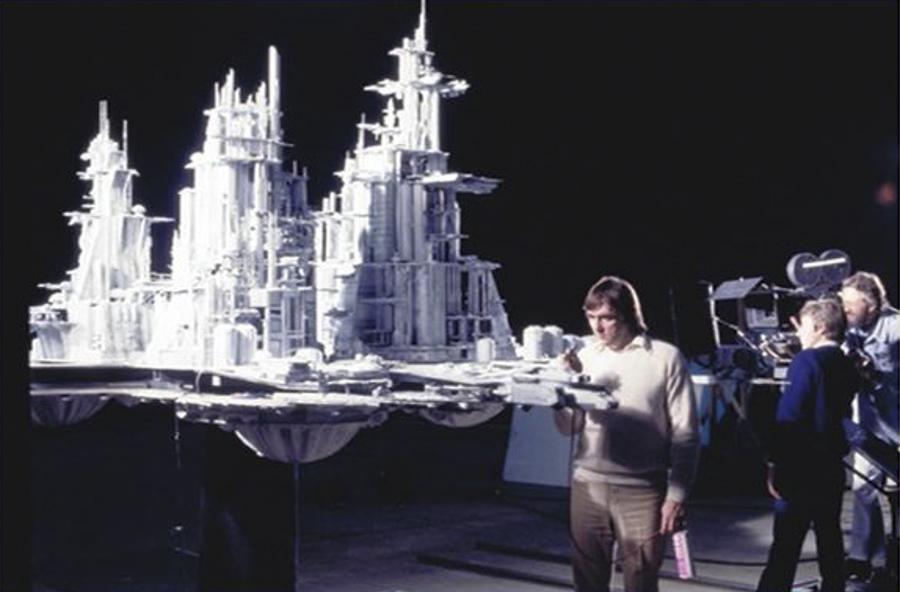 Más de 200 técnicos crearon las maquetas y sets para la película