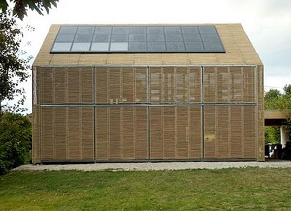 Passivhaus con elementos de protección solar activos