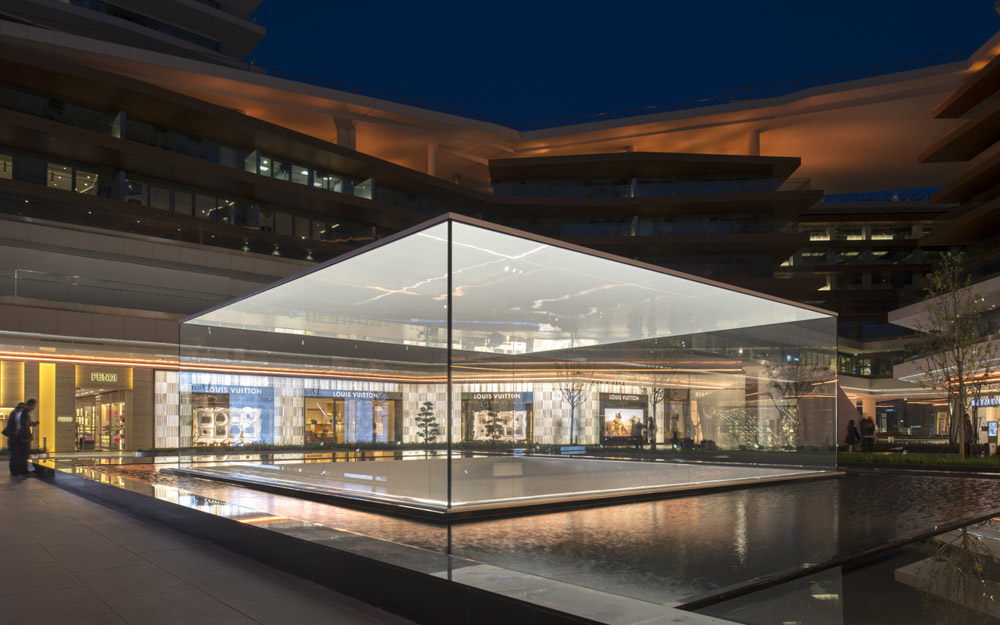 Apple_store_Zorlu_03.jpg