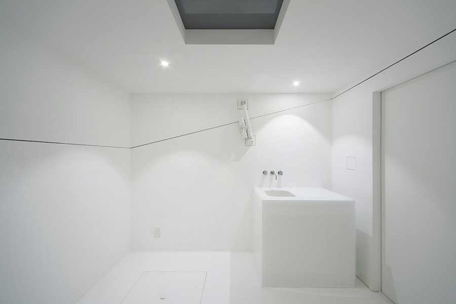 Interior de PACO con la cubierta cerrada y todos sus elementos/zonas plegados.