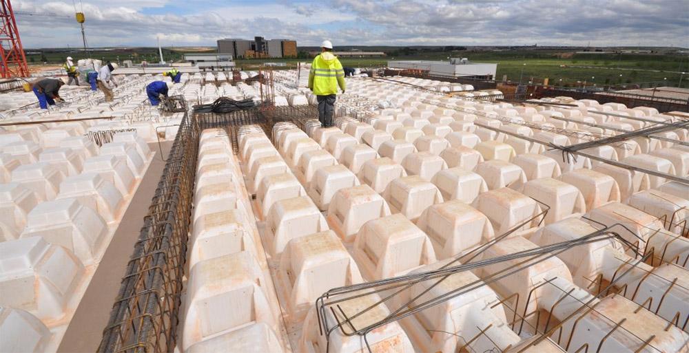 Preparación y colocación de moldes Holedeck