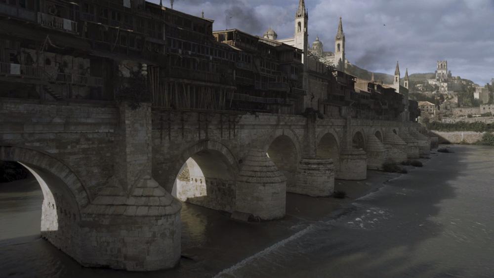 Arrevol_GoT_Arquitectura_El Puente Largo de Volantis.jpg