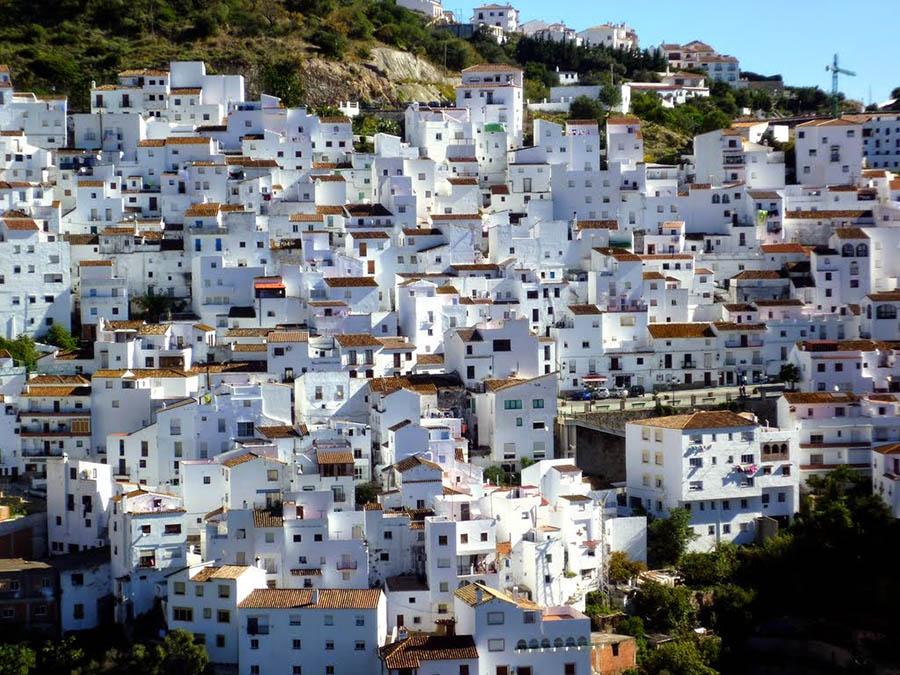 Pueblo de la costa andaluza.