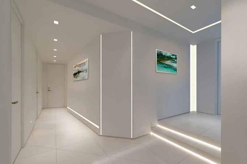 Los LED consumen muy poco, ocupan poco espacio y se venden incluso en forma de tira luminosa flexible.