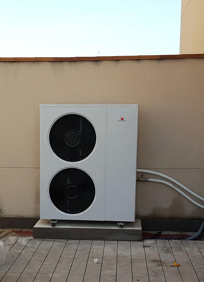 Unidad exterior para un sistema de climatización mediante aerotermia.
