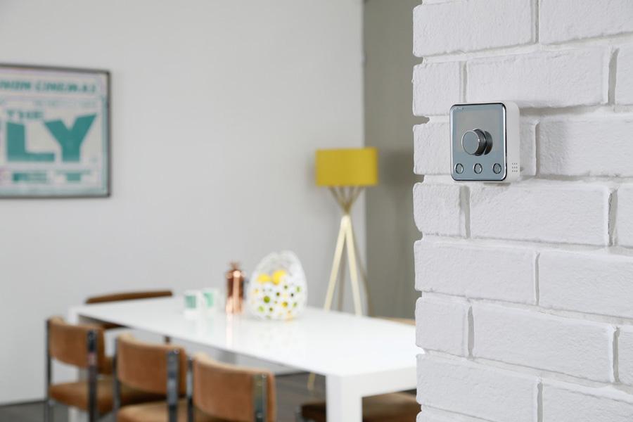Termostato para controlar la temperatura por zonas y programar los sistemas de climatización.