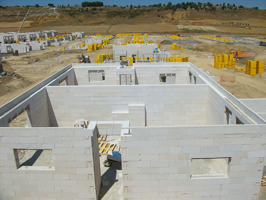 Construcción de una promoción de viviendas con bloques Ytong.