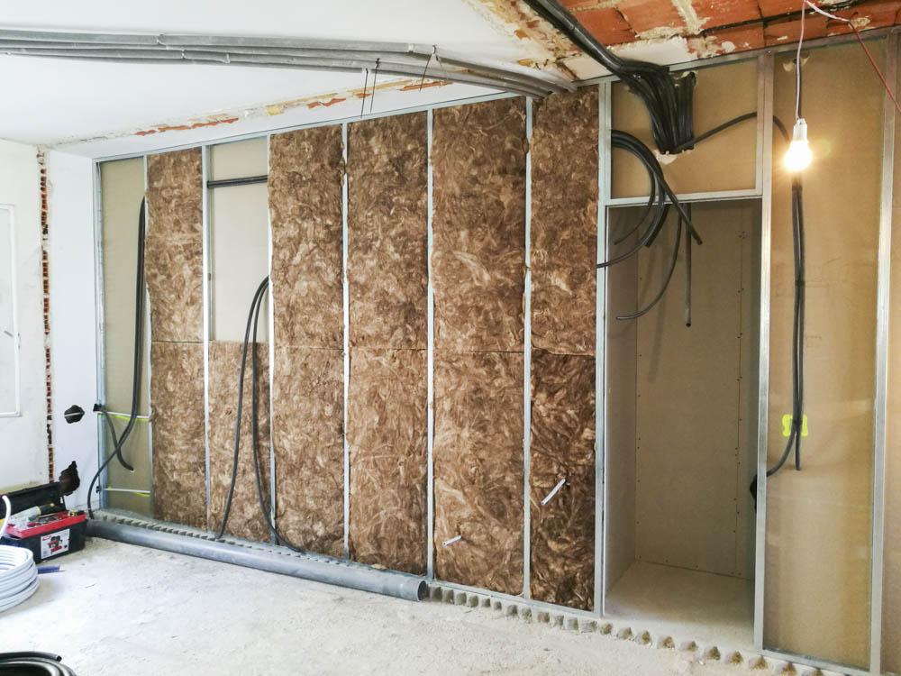 Arrevol arquitectos qu es mejor tabiques de pladur o - Como colocar pladur en techo ...