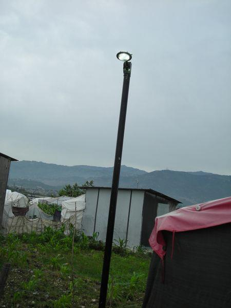 Community streetlamp to help illuminate Capvva at night