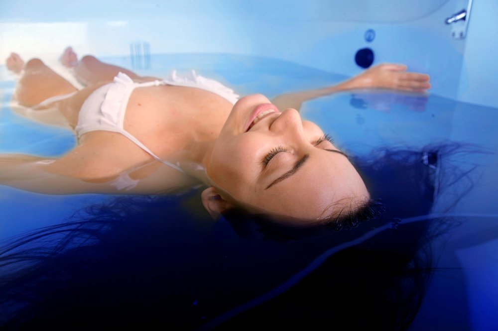 laying-in-a-float-tank.jpg