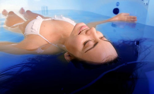 laying-in-a-float-tank-web.jpg