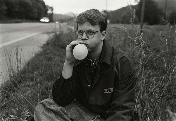 ©Mark Steinmetz, Highway 441, Georgia-North Carolina State Line, (1997)