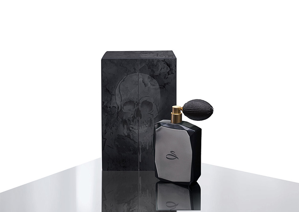 Sanctum Soho Black Oud Limited Edition £195