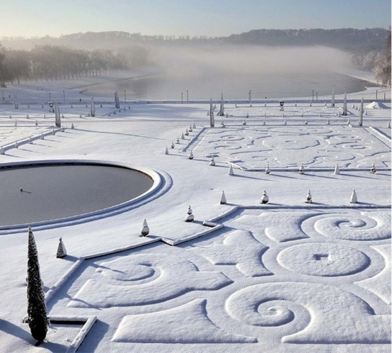 winter at the Palace of Versailles.     embossing
