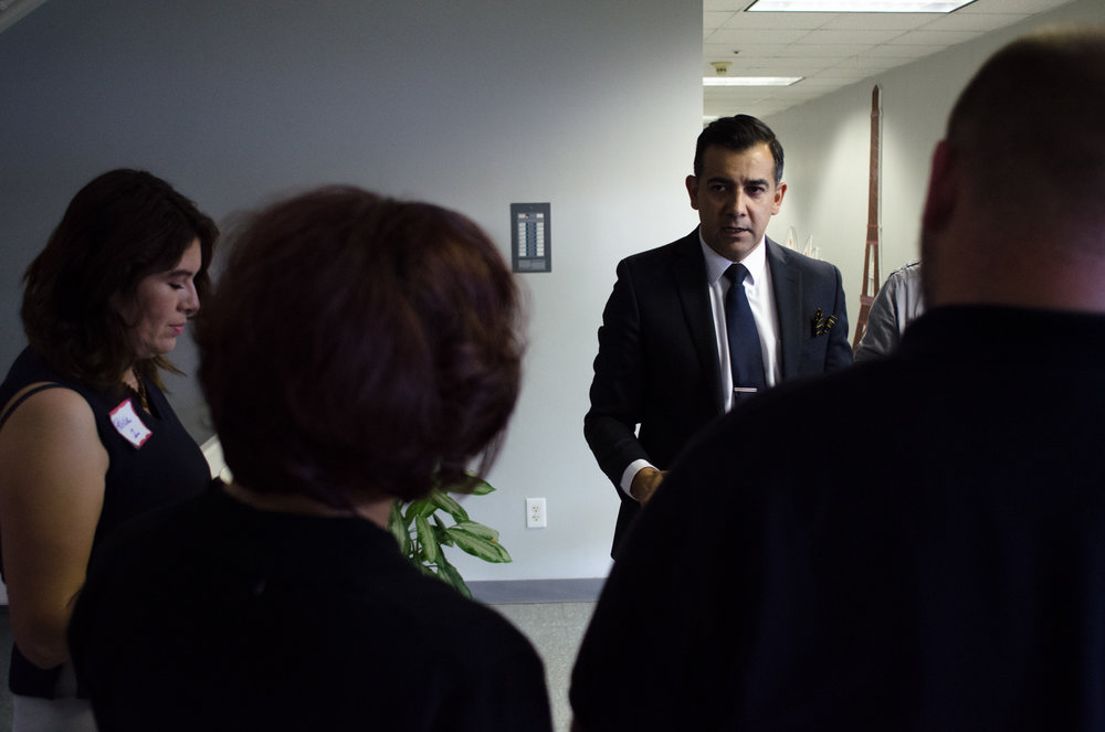 Henry Casas provides last minute training to the people who will lead the small group sessions during a budget town hall meeting at the Puente Learning Center in Boyle Heights in March 2014.