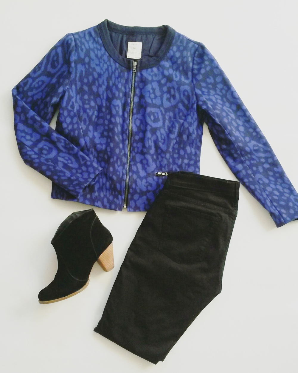 Gap blue leopard jacket, black booties, thrifted; Gap black skinny jeans