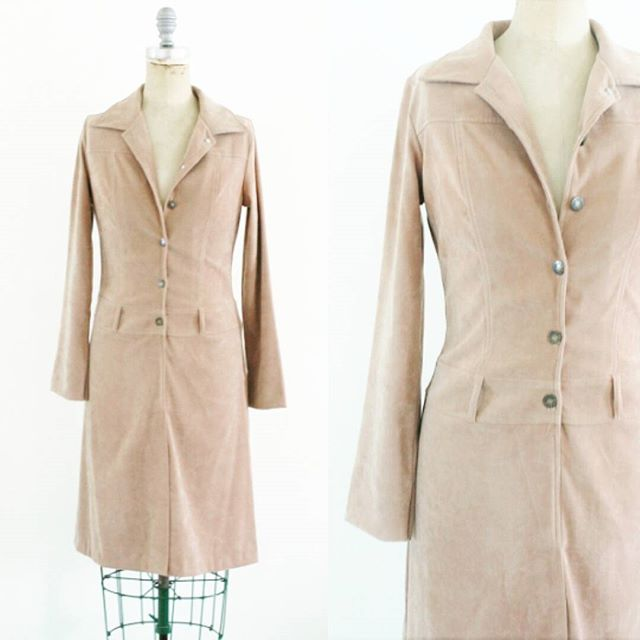 Fantastic faux suede #vintage shirt dress (actually polyester) in a #70s style. $52 + shipping Size: Small Brand: xi  Condition: Excellent  Leave email address and zip code to claim  Ask for any measurements!  #shop #Etsy #instasale #shopmycloset #onlineshopping #instashop #shopsmall #ootd