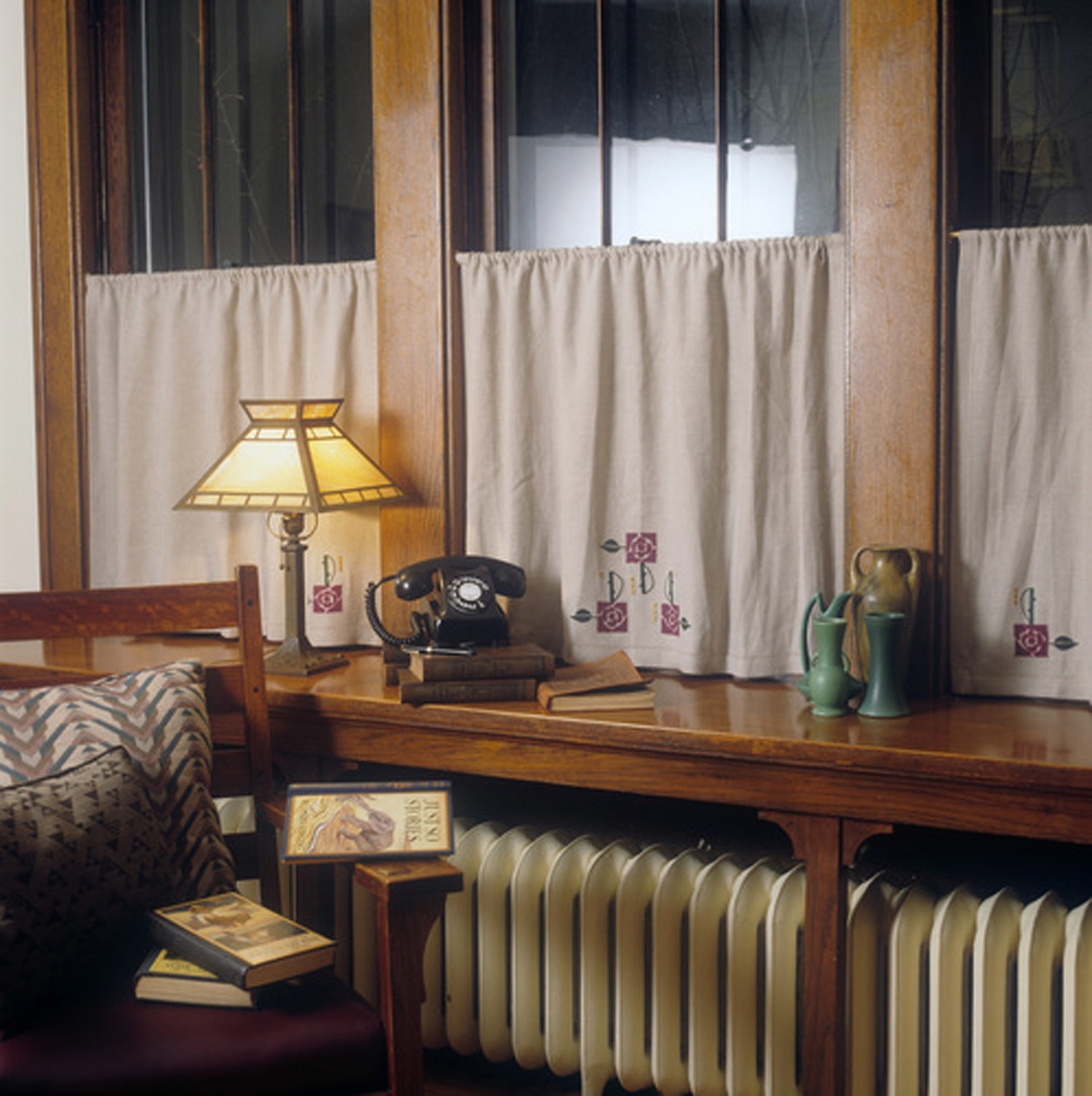 the faux window choosing right treatments design interior linen kitchen explained cafe curtains