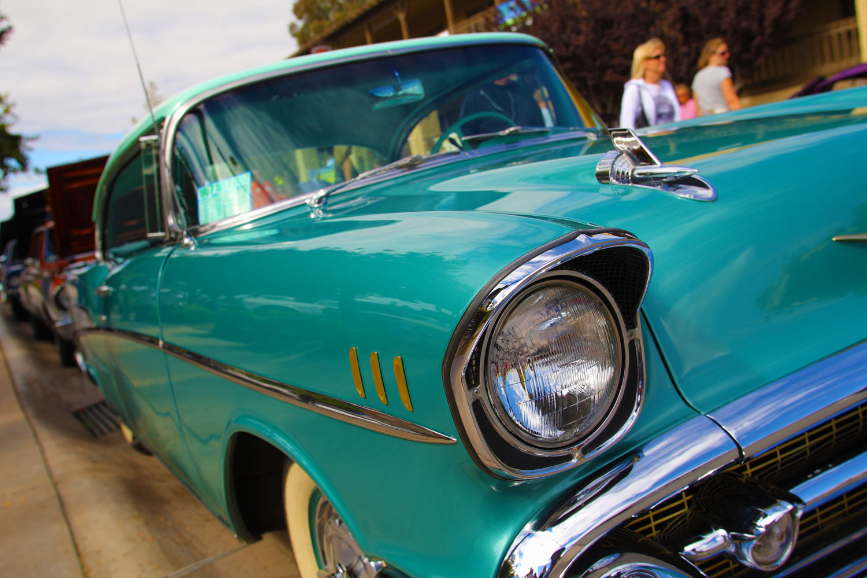 Classic Car Cruise In Downtown Abacoa Jupiter FL - Car show jupiter fl