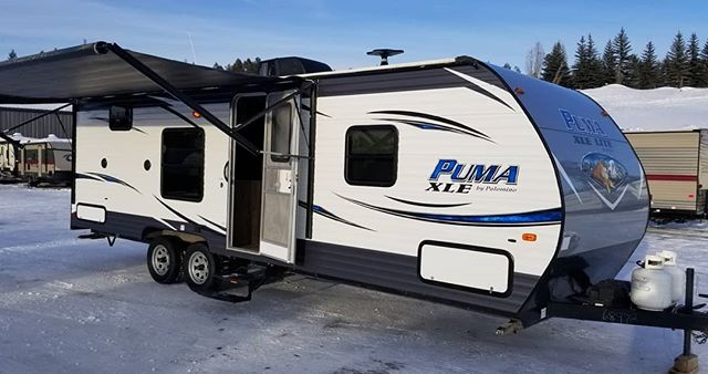 our puma 27 foot bunkhouse rental trailer only $110.00 per night! call 755-3890