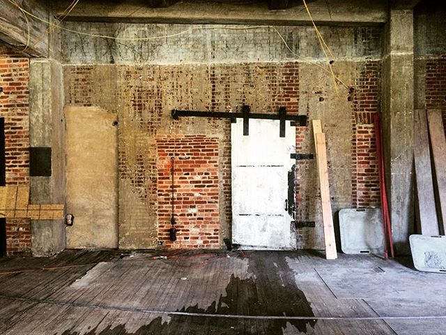 Slowly but surely the lead paint is being removed and the gorgeous brick underneath is exposed! #lionbrothers #baltimore #maryland #realestate #development #building #sowebo #hollinsmarket #biopark #umaryland #umd #development #brick #historicpreservation #historic #preservation #progress #photography #photographer #instapic #instagood #photooftheday