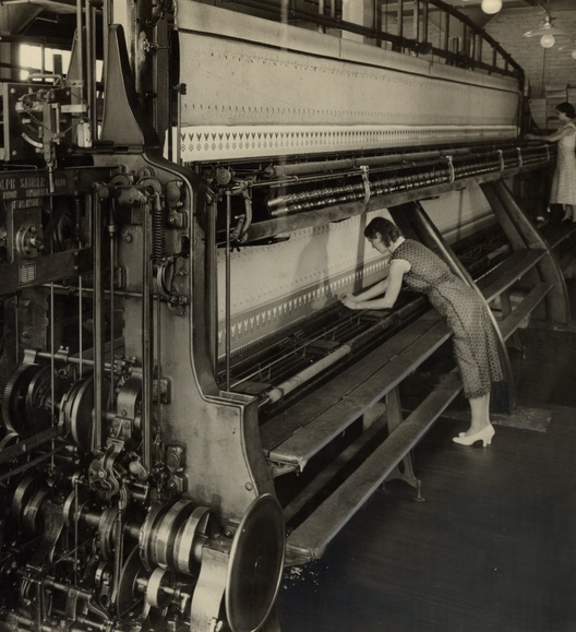 loom+operator.jpg