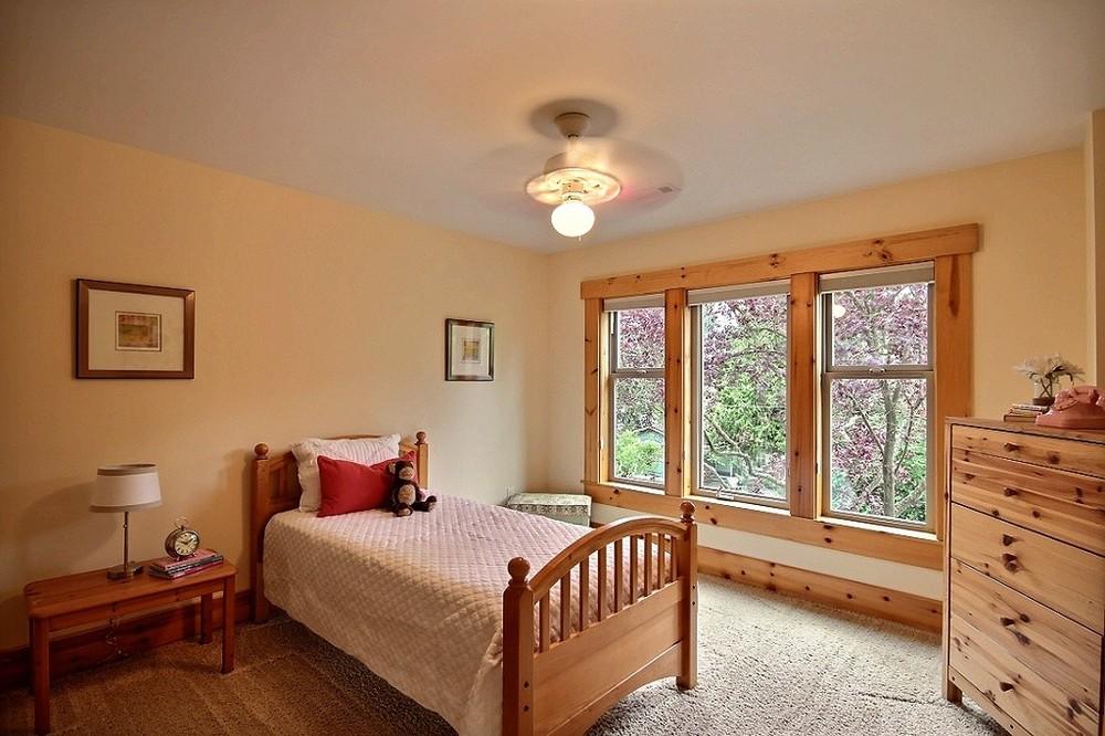 12-bed2.jpg