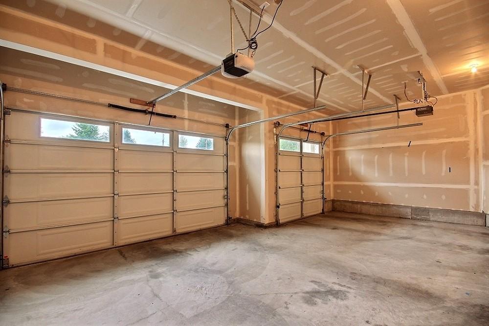 8-garage5021.jpg