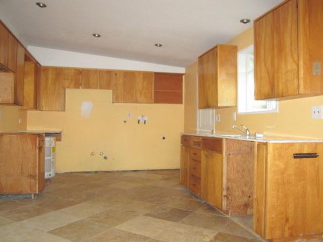 3-kitchen best 1035.jpg