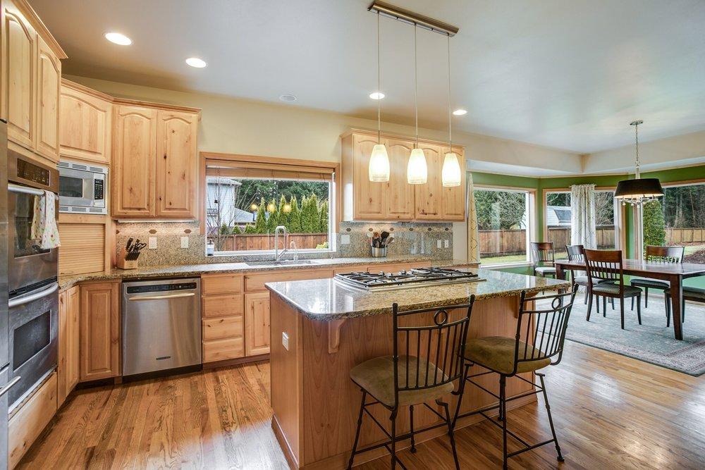 3-kitchen1.jpeg