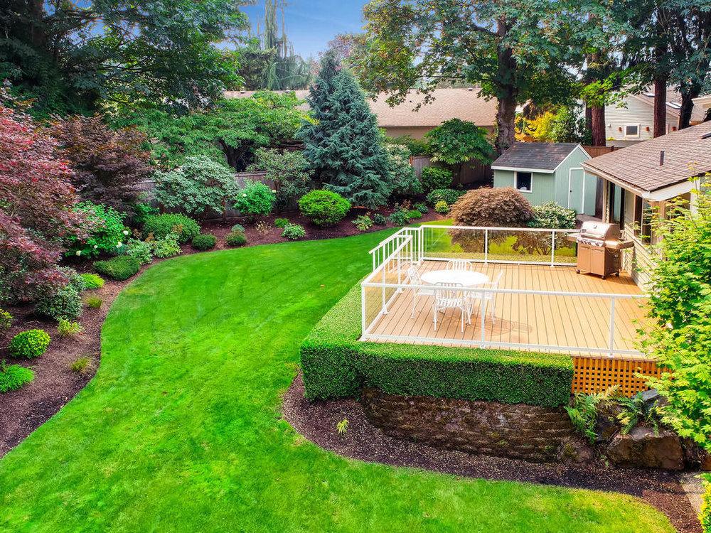 12-drone yard deck best.jpg