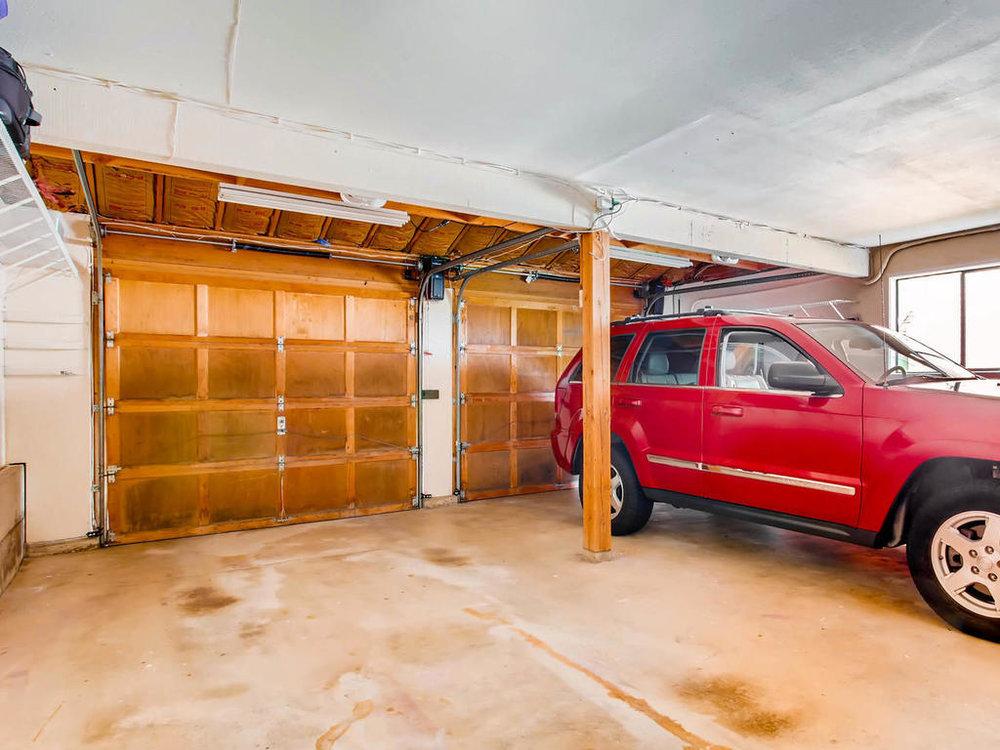 23-garage.jpg